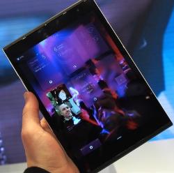 jolla-tablet-hands-on-sg-0